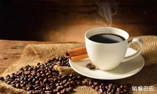交1万元押金咖啡免费喝3年,提前收回800万现金,并锁定大量精准用户